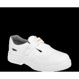 O1 baltās sandales